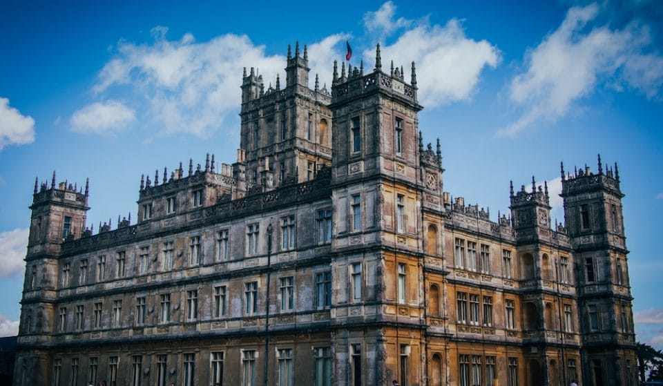 The Downton Abbey Castle Is Now Listed On Airbnb