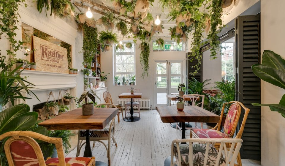 A Blooming Lovely Espresso Martini Bar Has Popped Up In Clerkenwell