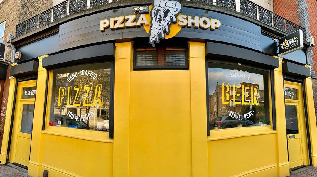 young-vegans-pizza-shop