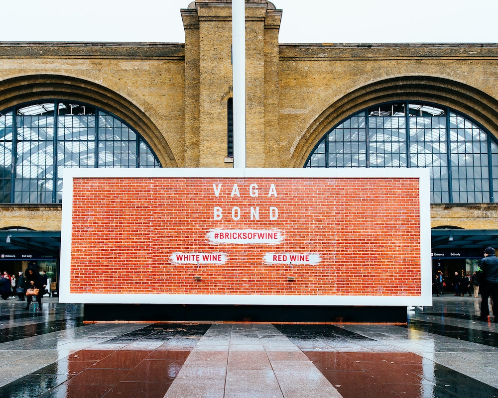 A Wall Outside King's Cross Station Is Dispensing FREE WINE