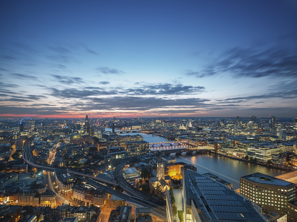 Celebrate The Festive Season With Dinner And Drinks At The Top Of The Shard