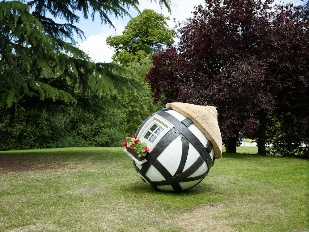 These Brilliant Spherical Sculptures Will Roll Into London Next Month