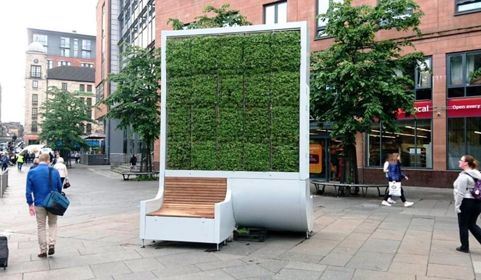 London's New Artificial Trees Guzzle As Much Pollution As 275 Regular Trees