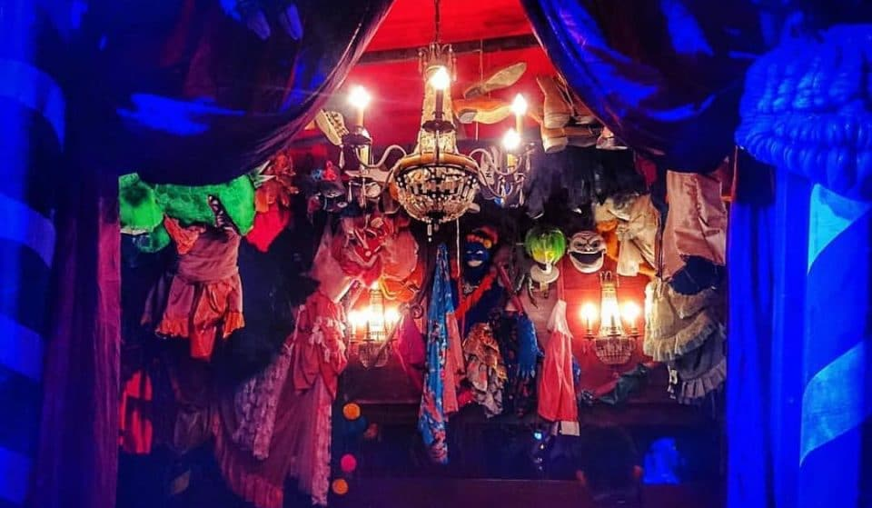 The Wacky Waterloo Boozer Filled With Bizarre Stage Props • Vaulty Towers