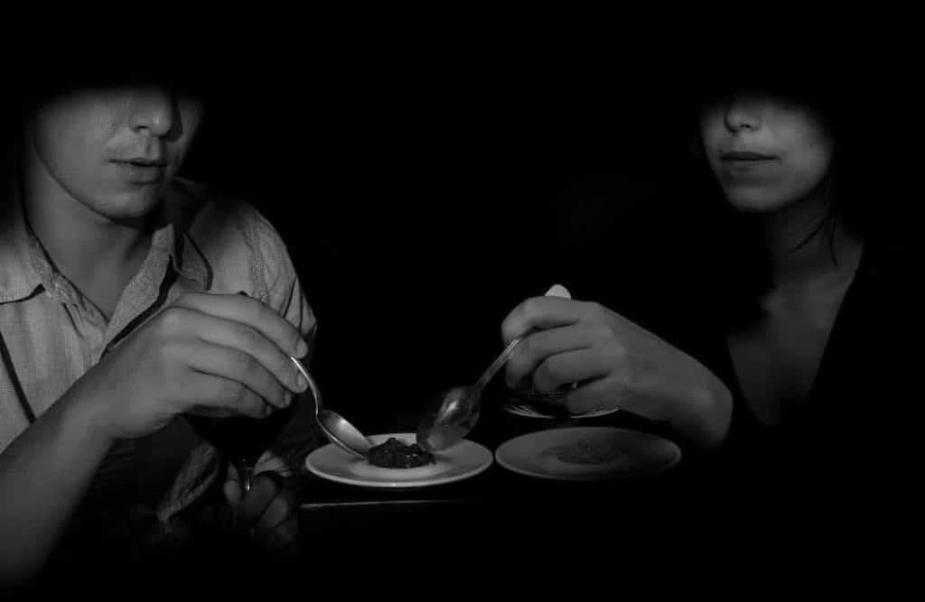 dans-le-noir-dine-in-the-dark