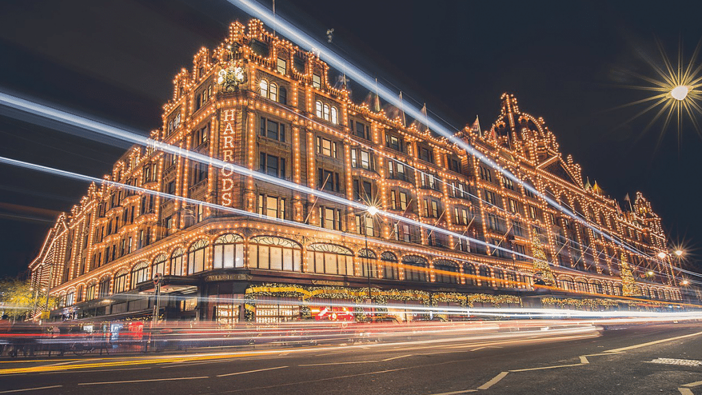 Harrods Will Close Its Knightsbridge Doors Tonight For The Foreseeable Future