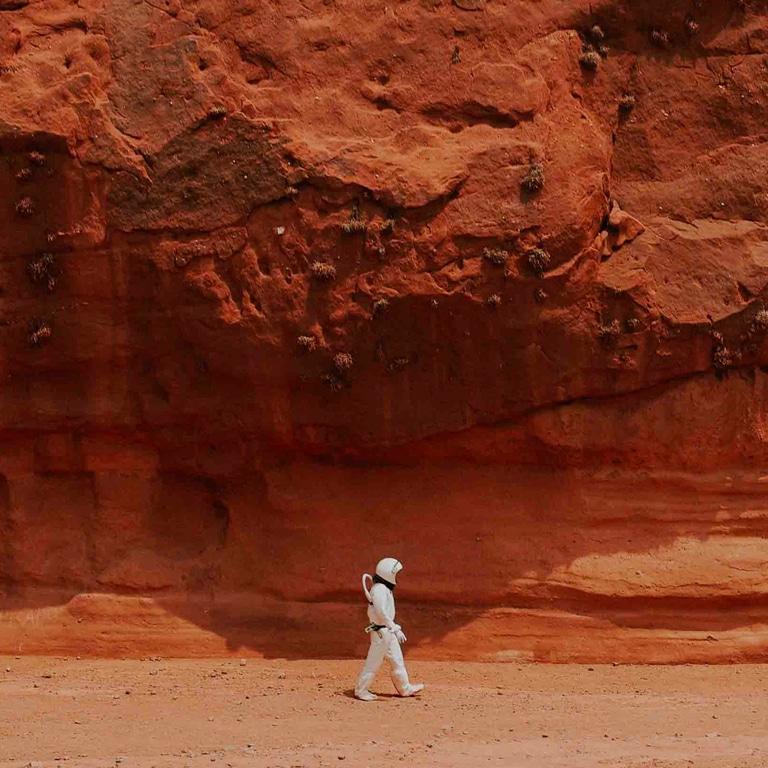 Race to Mars