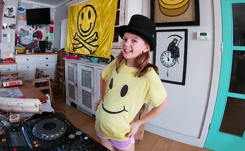 Fatboy Slim's Daughter Took Over His Facebook Page With An Epic Live DJ Set Over The Weekend
