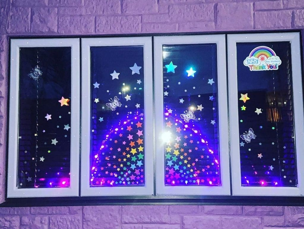 Kids Are Displaying Rainbow-Themed Creations In Their Windows To Inspire Hope In Dark Times