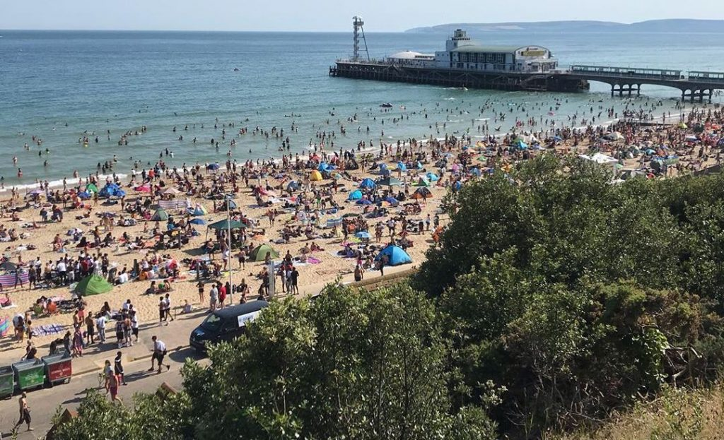 Government Threatens Beach Closures And New Lockdown After 500,000 Pack Dorset Beaches