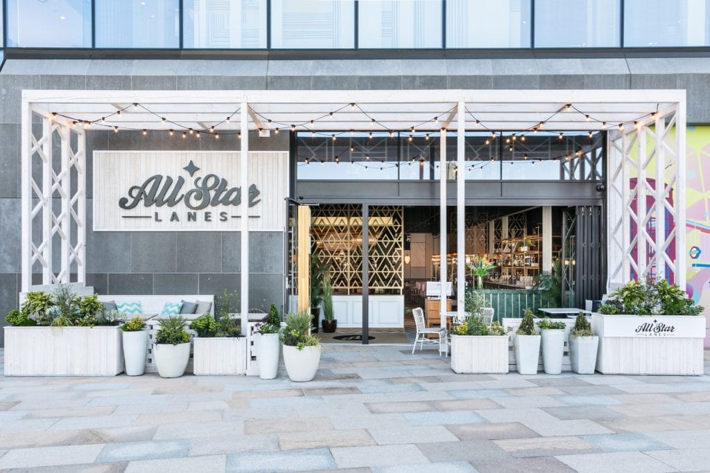 Dine In The Sunshine With Bottomless Cocktails At This Wonderful Outdoor Brunch