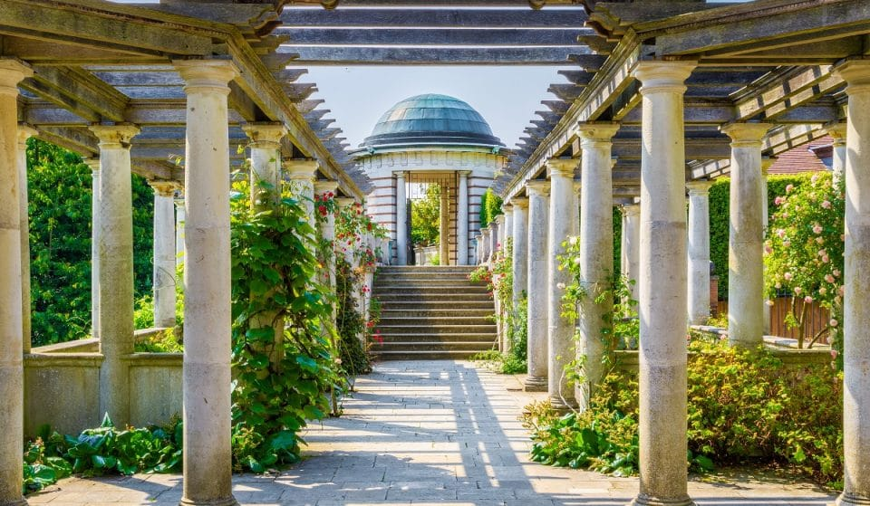 The Ravishingly Run-Down Terrace In London You Need To Explore • Hampstead Pergola