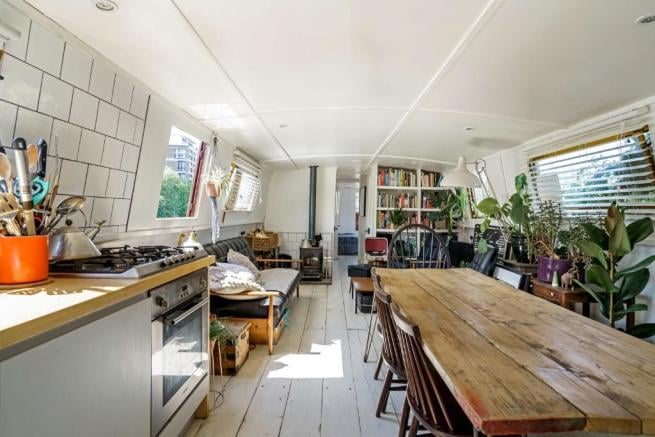 This Gorgeous London Houseboat Is For Sale, And I Definitely Need To Buy It