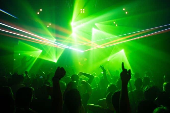 Clubbing 6
