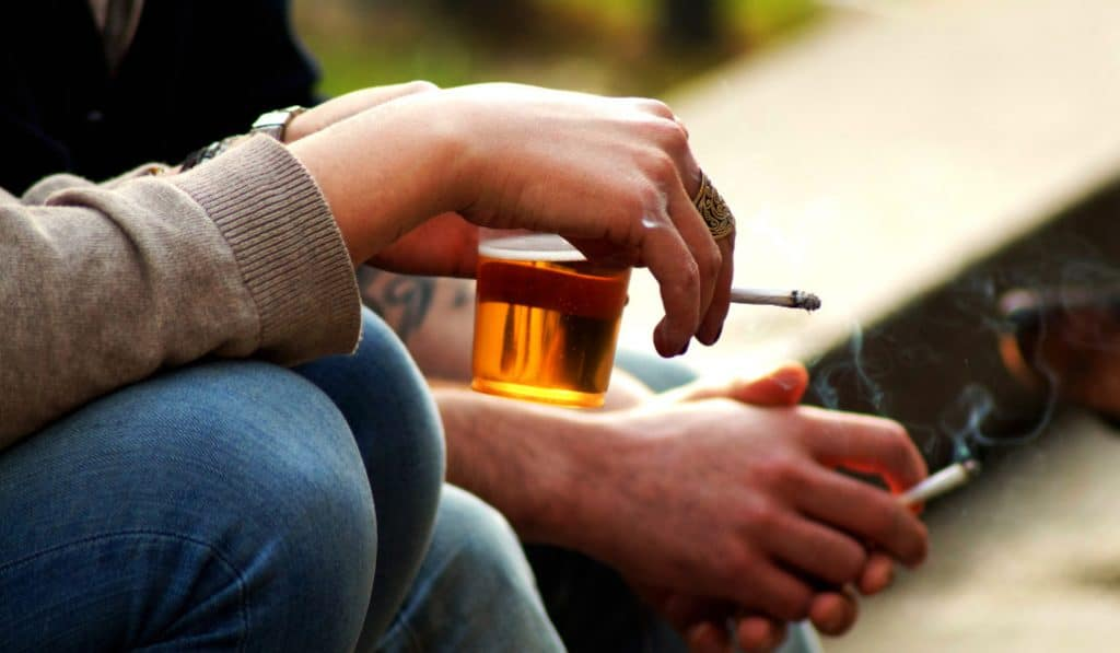 Coronavirus smoking ban