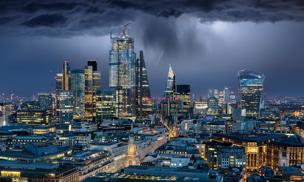 Thunderstorms And Heavy Downpours Set To Bring An End To London's Heatwave