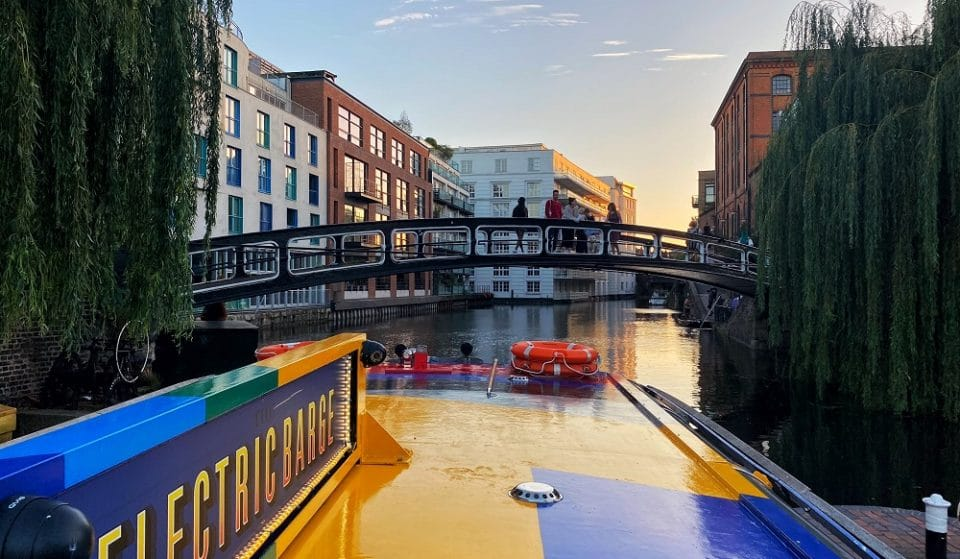 Hop Aboard This Swish Electric Picnic Barge For A Floating Bottomless Brunch