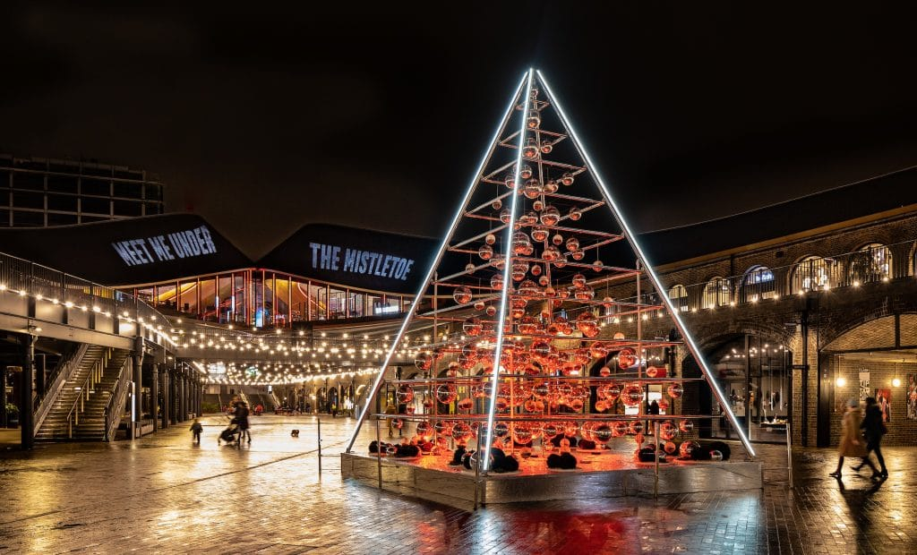 King S Cross Is Home To A 28ft Terrarium Christmas Tree