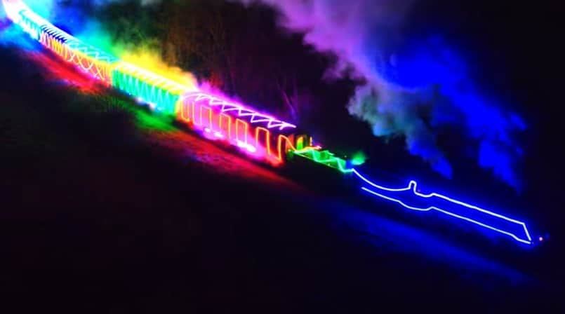 You Can Ride A Steam Train Covered In Christmas Lights In London This Winter