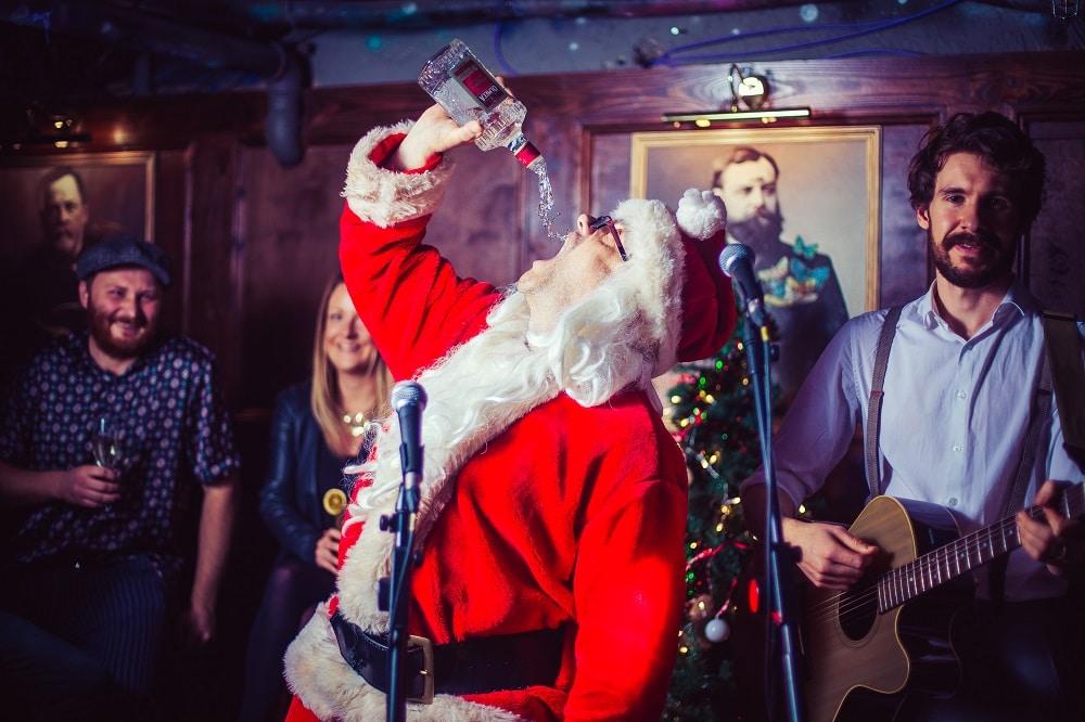Bar Elba Christmas Bottomless