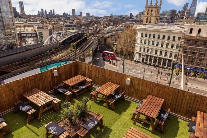 Aerial view of London Bridge Rooftop