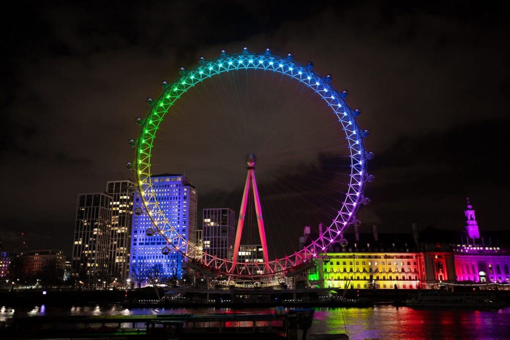 The London Eye Has Arranged A Colourful Light Show To Welcome In 2021