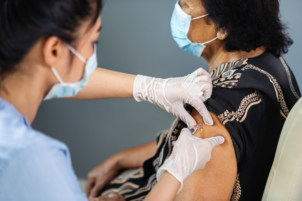 GPs covid-19 vaccine