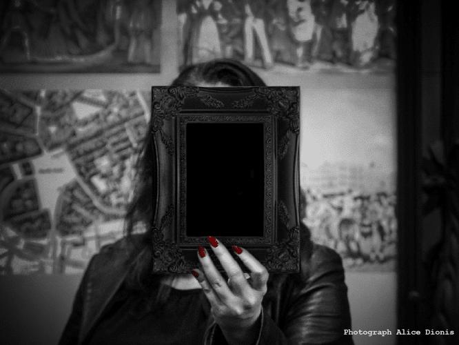 paranormal-mirror