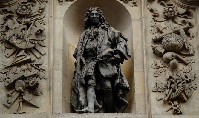 Slave trader statues 1