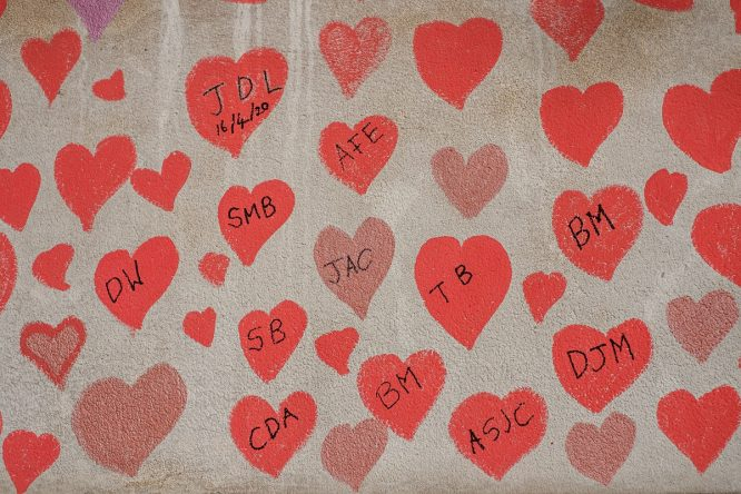 A National Covid Memorial Wall Honours The Victims Of The Pandemic With 150,000 Red Hearts