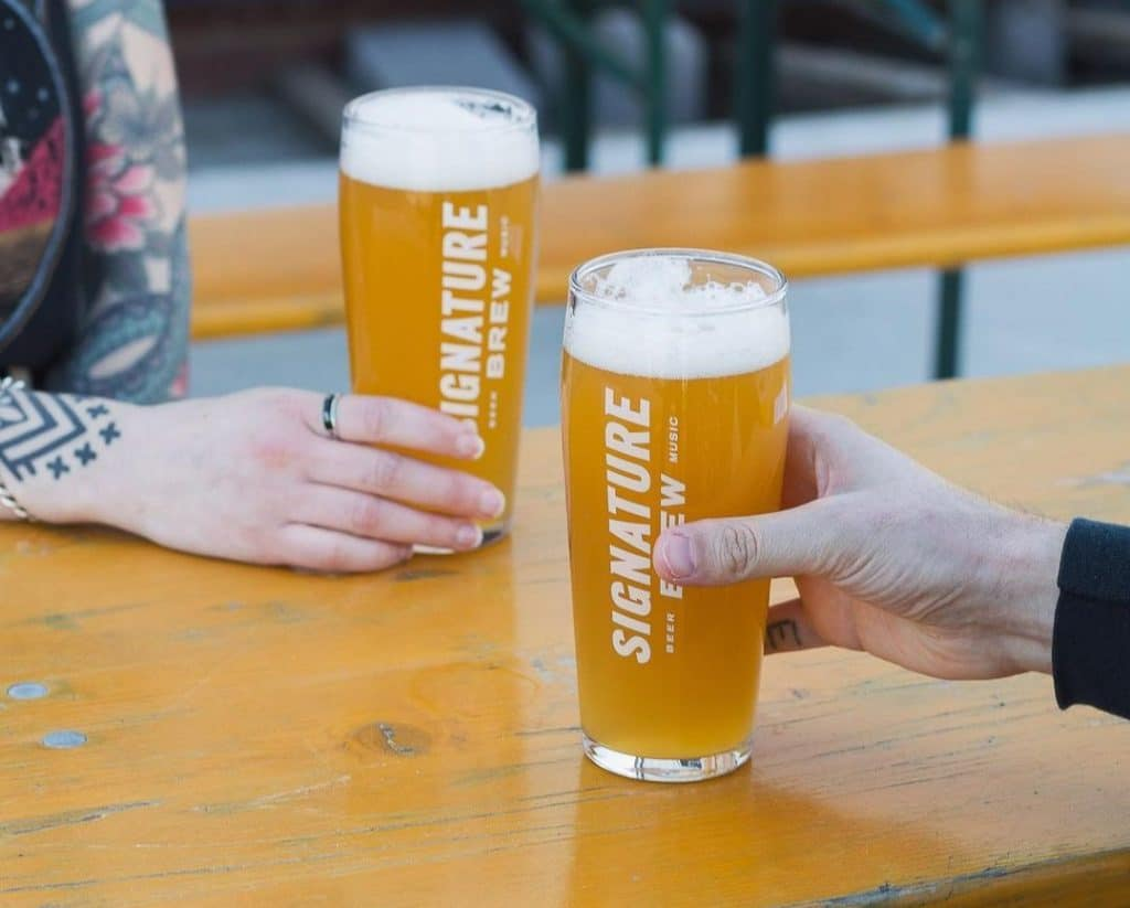 This East London Taproom Is The Perfect Spot For Outdoor Drinking And Live Entertainment • Signature Brew Walthamstow