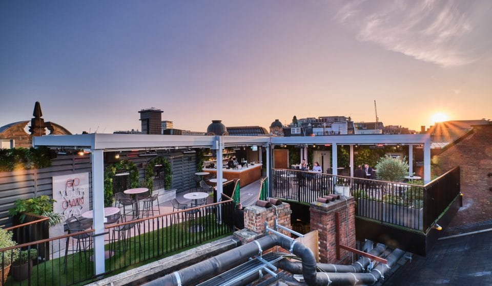 A Dazzling New Alfresco Rooftop Bar Has Just Opened Up In The West End • The Rooftop