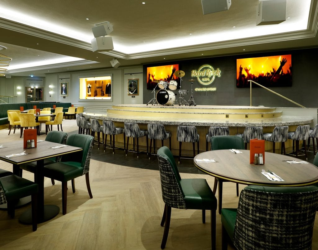 Hear Live Performances Of West End Songs At These Hard Rock Cafe Sunday Extravaganzas