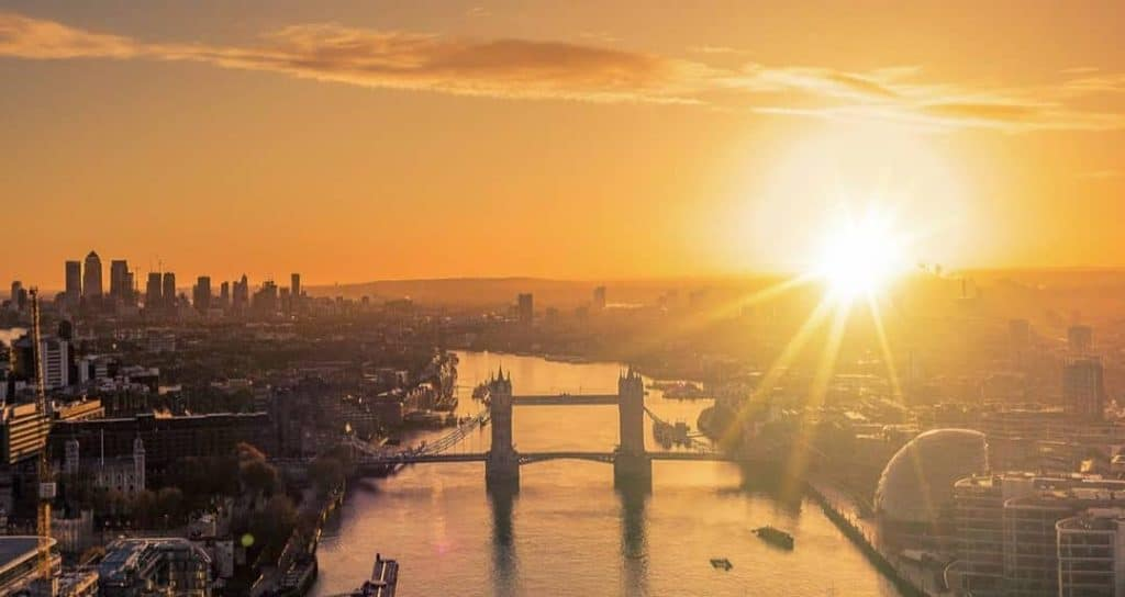 London Set To Enjoy 14 Days Of Sunshine And Heat With Little Rainfall