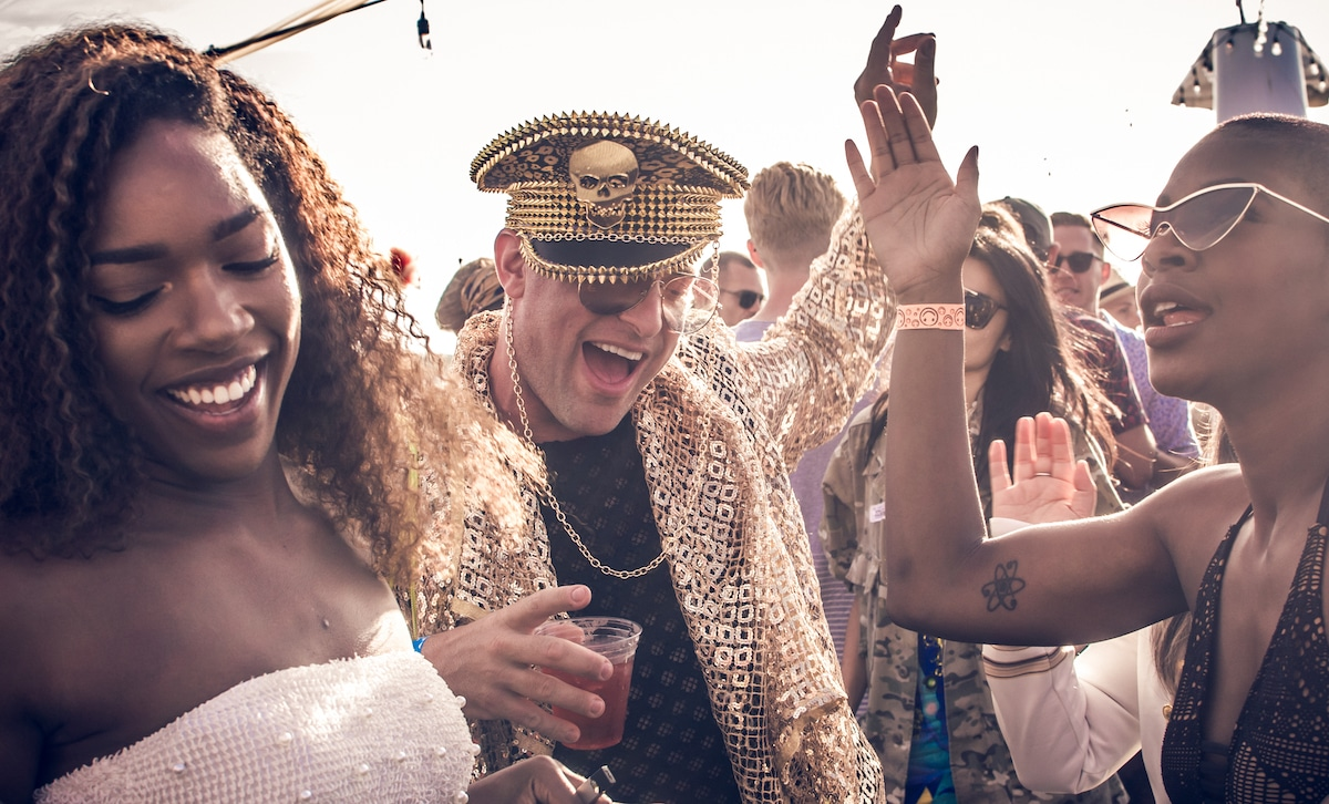 southern comfort pride boat party