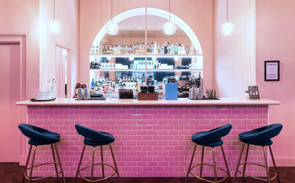 This Hidden Mayfair Bar Is Hosting A Live Screening Of The Love Island Final On Monday