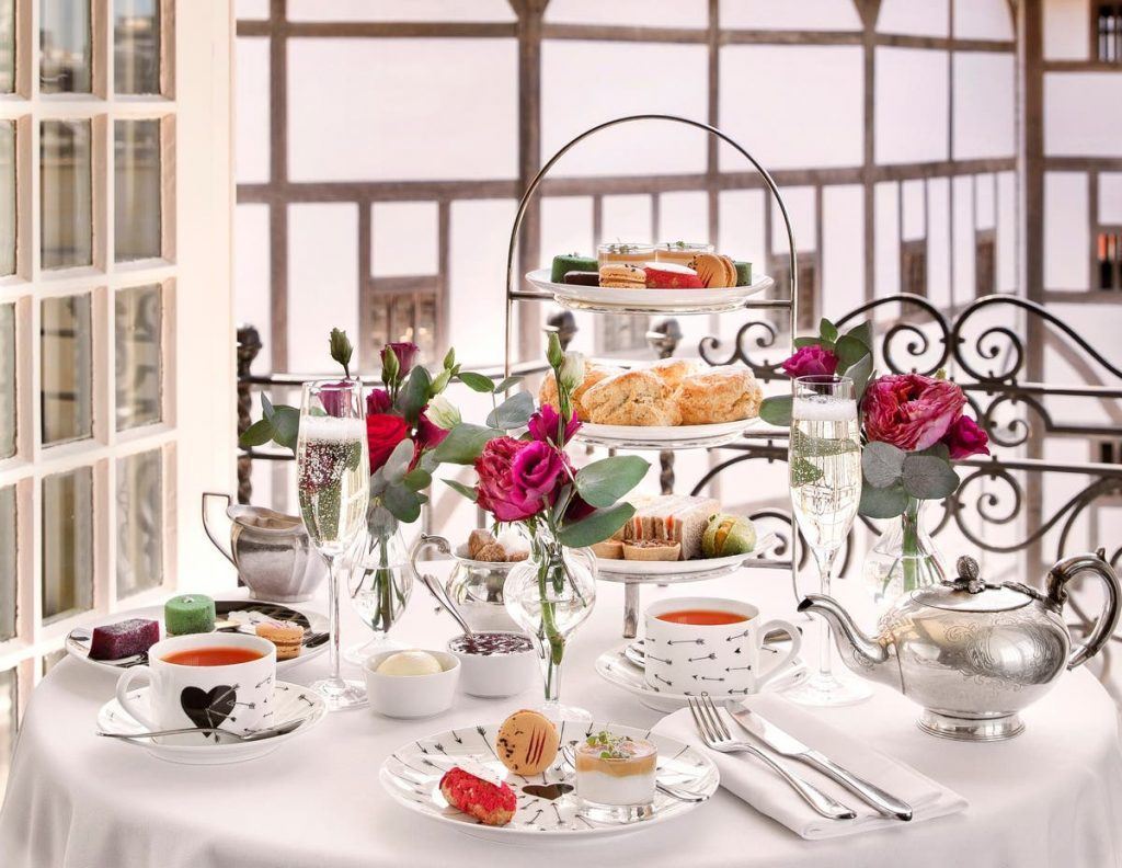 A wide shot of The Globe afternoon tea, inspired by Shakespeare's Romeo and Juliet.
