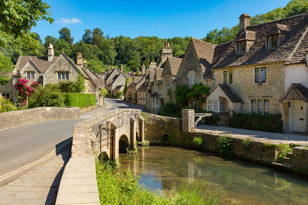 10 Stunning Villages And Towns In The UK That You've Just Got To Visit