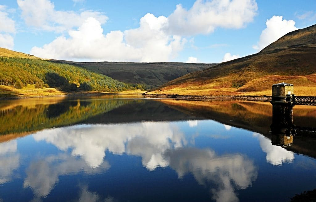 6 Of The Prettiest Lakes And Reservoirs Close To Liverpool