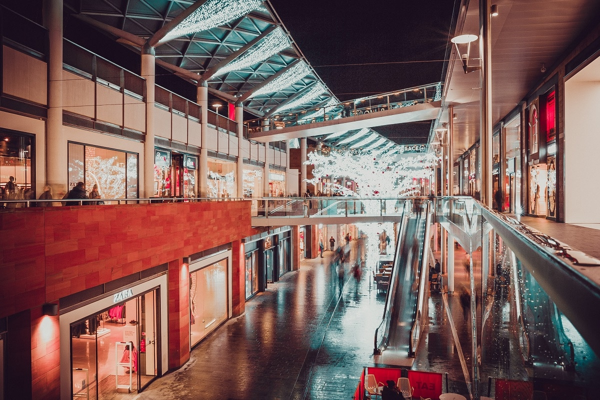 liverpool shops open 24 hours