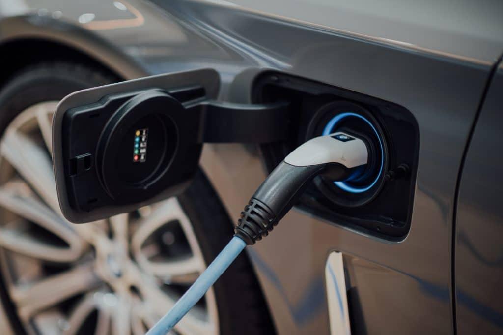 electric car diesel petrol cars ban 2030