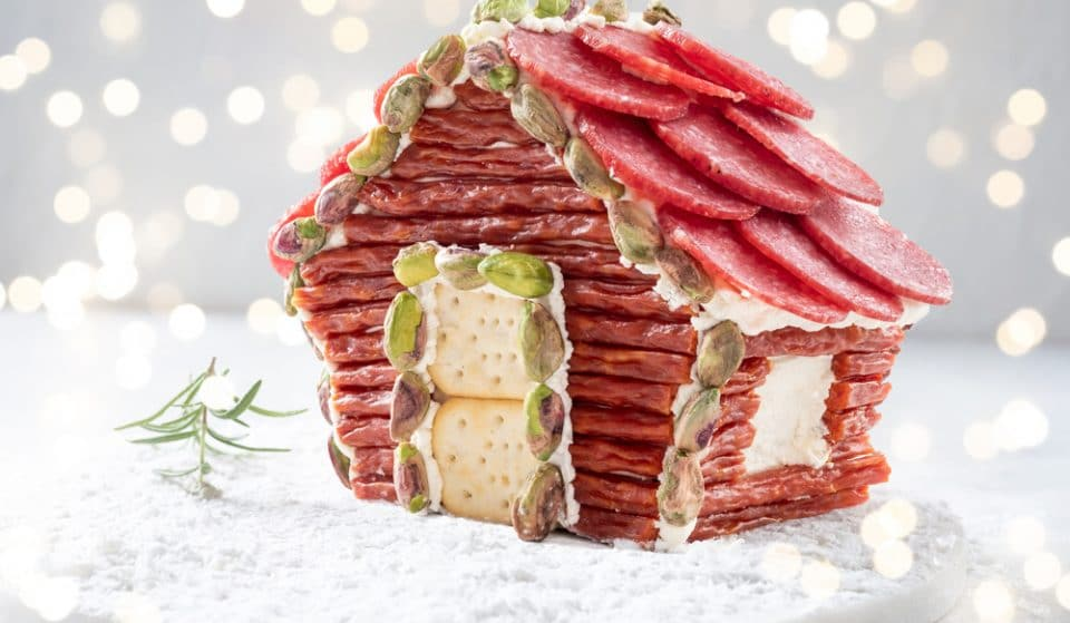The 'Charcuterie Chalet' Is Instagram's Newest Christmas Trend, And It's Making Me Hungry
