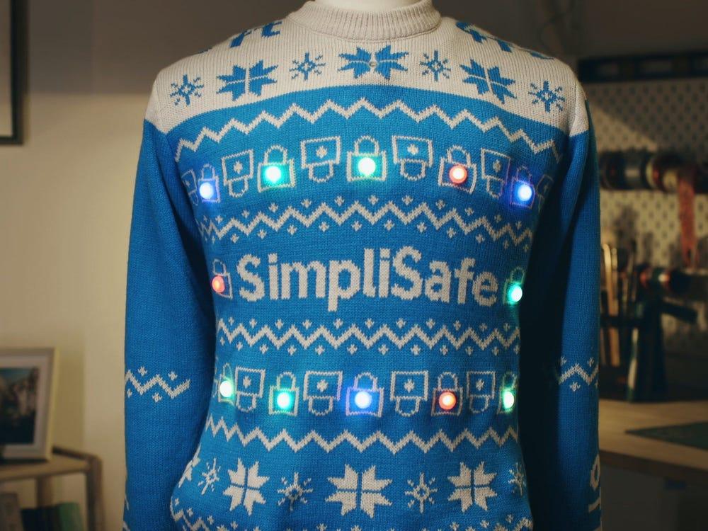 christmas jumper social distancing lights