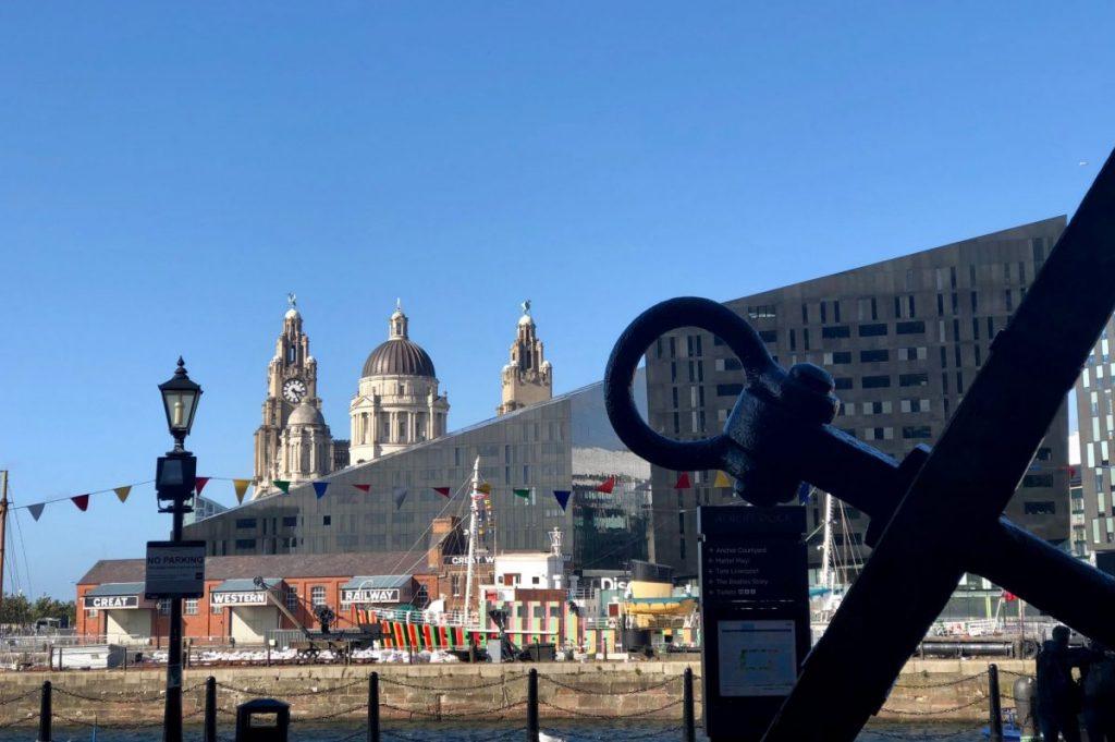 liverpool-docks-anchor
