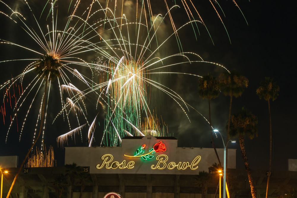 5 Places To Catch Glittering 4th Of July Fireworks Displays