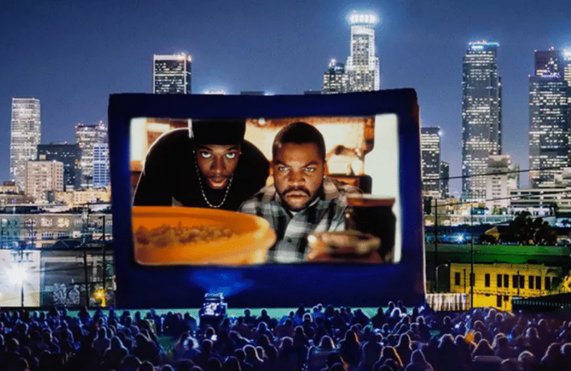 """Take A Hilarious Trip Back To The 90s Watching """"Friday"""" Under The Stars"""