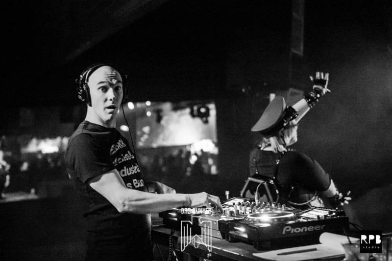Dance The Night Away In Celebration Of Das Bunker's 22nd Anniversary