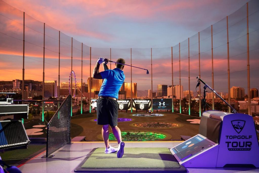 If You're Into Golf, This Massive Sports Bar Will Be Your New Paradise • Topgolf