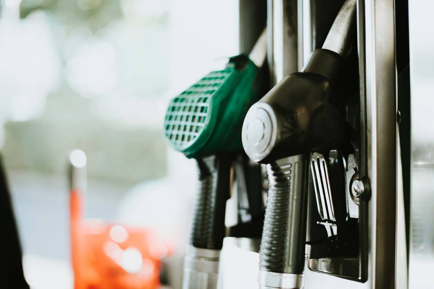 Gas Prices Are Dropping And Are Expected To Continue Falling