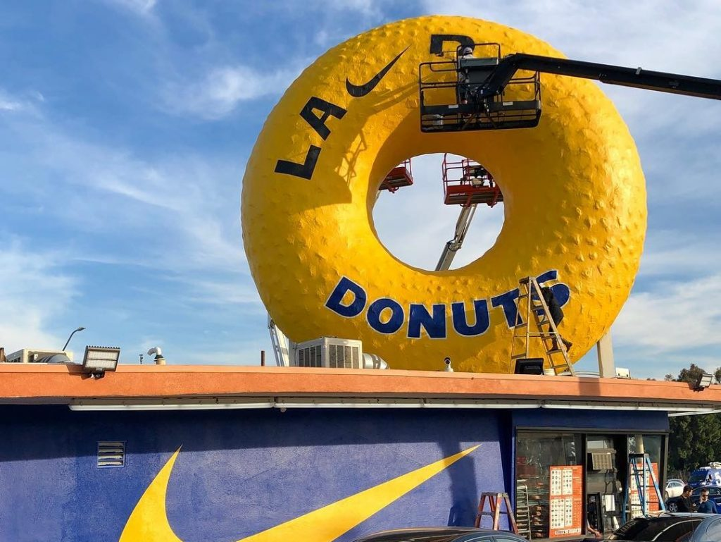Randy's Donuts Receives An Epic Makeover In Spirit Of The LA Rams Playing In The Super Bowl